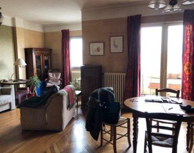 Appartement T3 – Bord du canal – 80 M² – 195.000€ hai